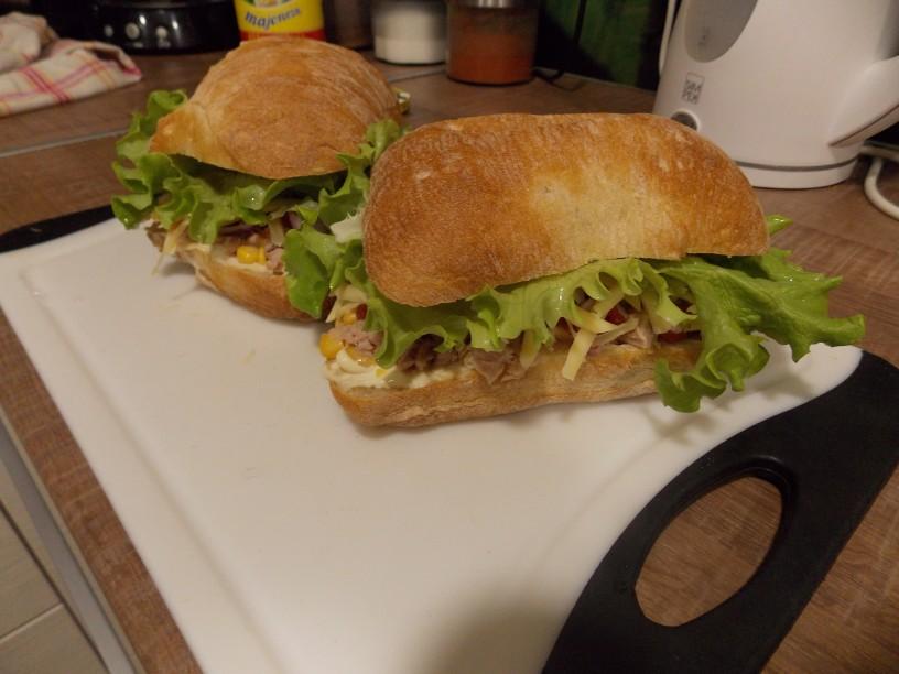 ciabatta sendvič s tuno8