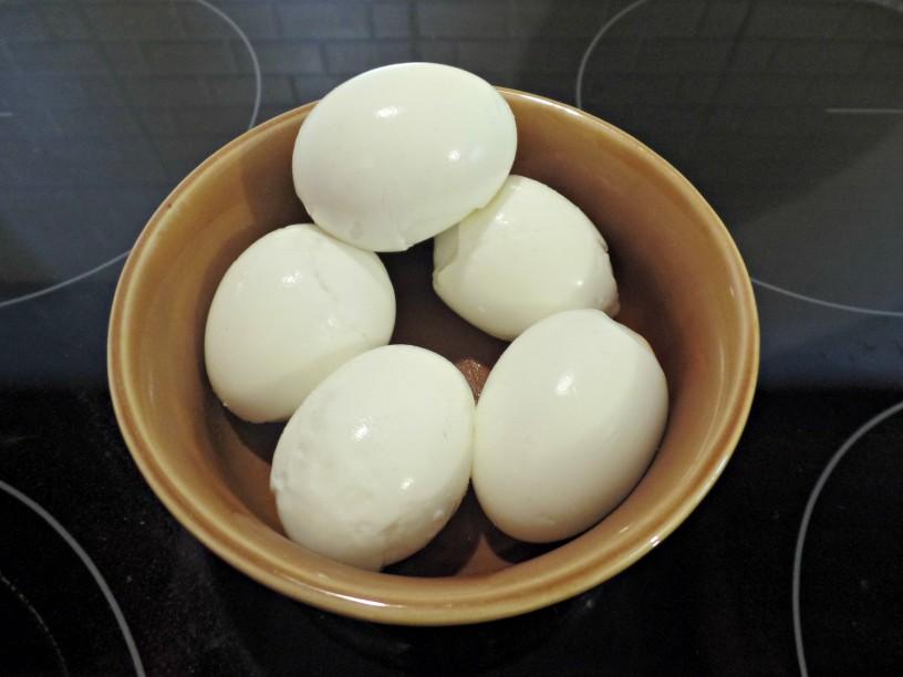 Velikonočna jajčka polna presenečenj