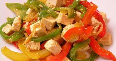 tribarvna-paprika-s-tofujem