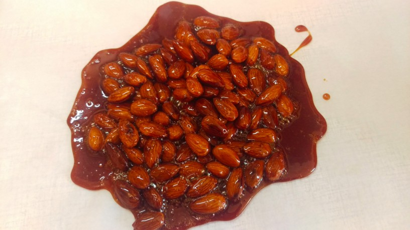Karamela z mandlji 3