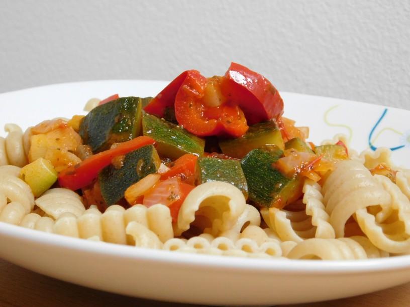 zelenjavna-omaka-za-testenine (1)