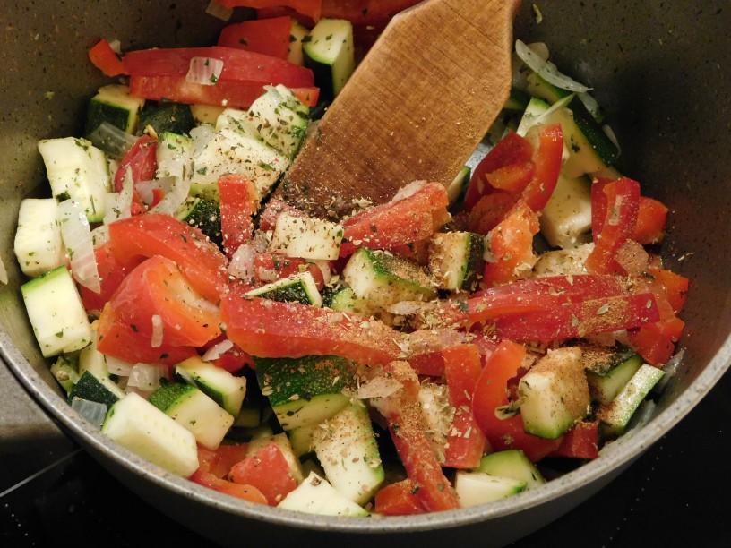 zelenjavna-omaka-za-testenine (9)