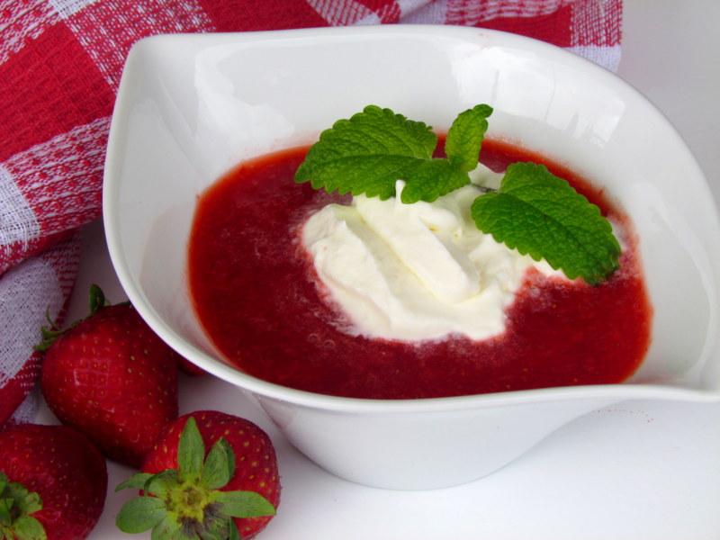 Kremna-jagodna-juha-6