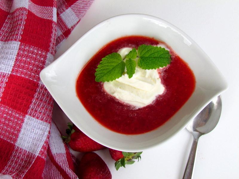 Kremna-jagodna-juha-7