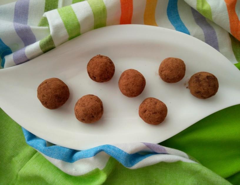 cokoladne-kroglice-s-kremnim-sirom-3