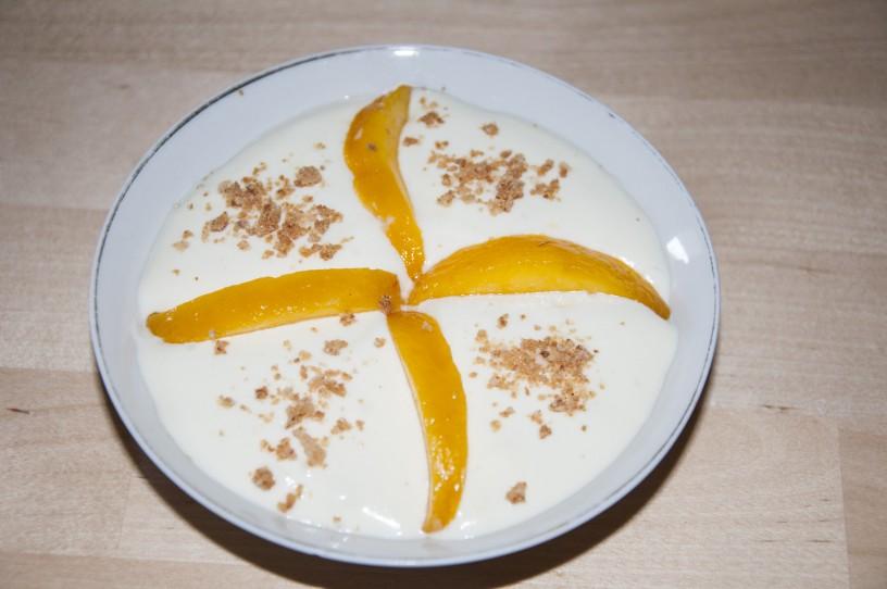 mousse iz bele čokolade z breskvami_13