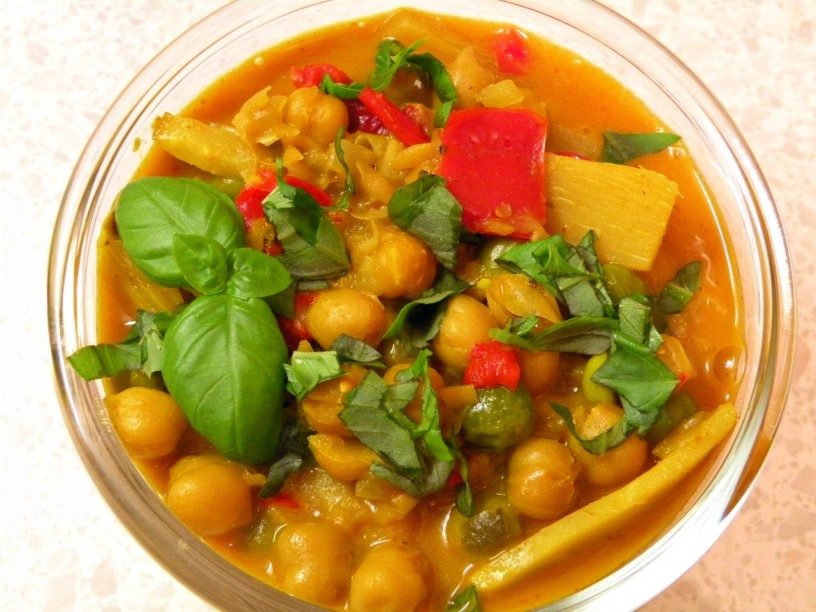 kokosov-curry-s-ciceriko