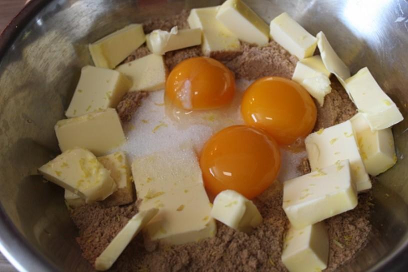 mandljeva-krostata-s-hruskami-1