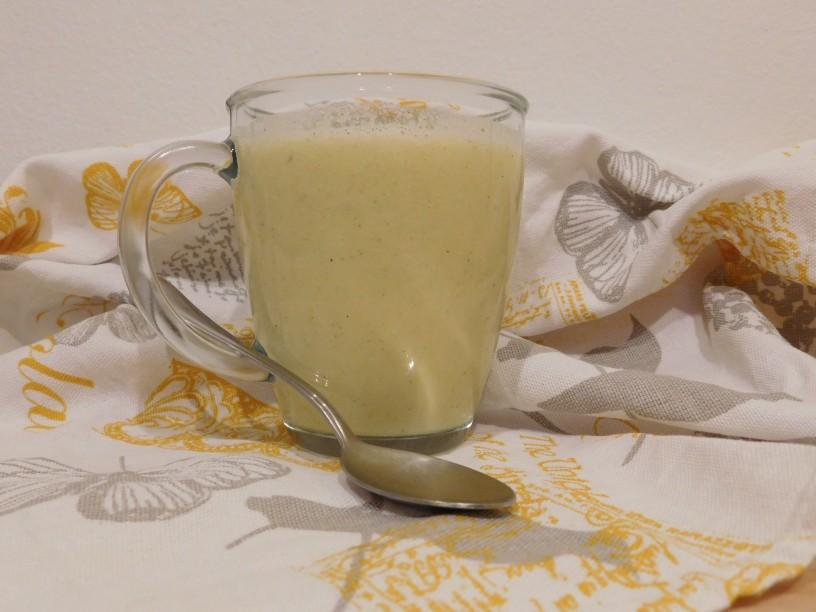 smuti-z-limeto-in-ananasom-4