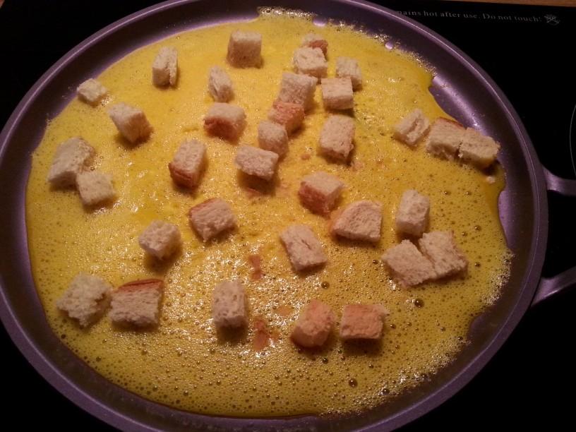 omleta-z-rukolo-in-hrustljavim-kruhom-5