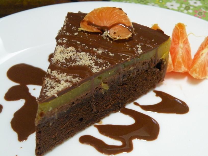 cokoladni-biskvit-brez-jajc-in-brez-laktoze
