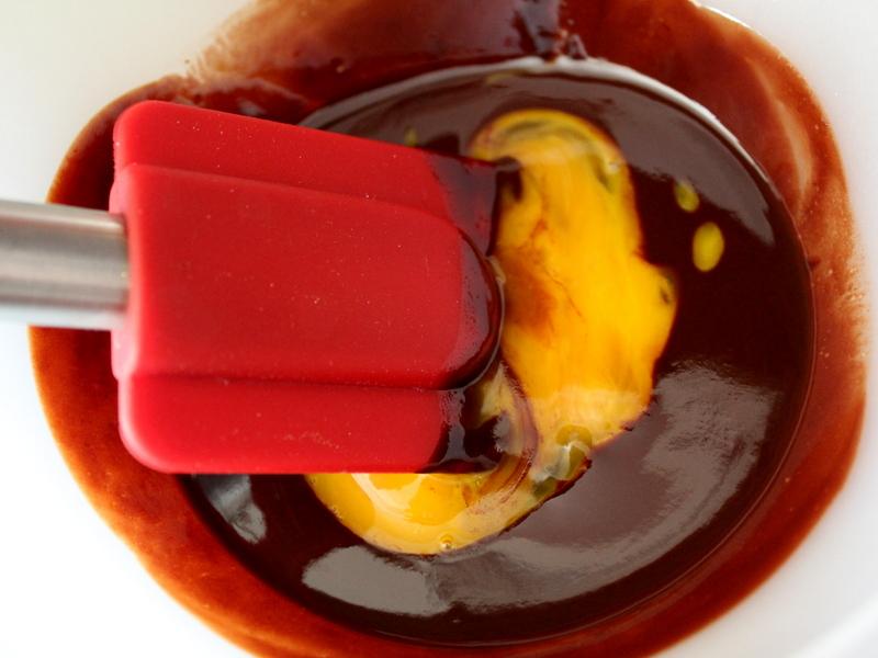 cokoladni-souffle-brez-moke-4