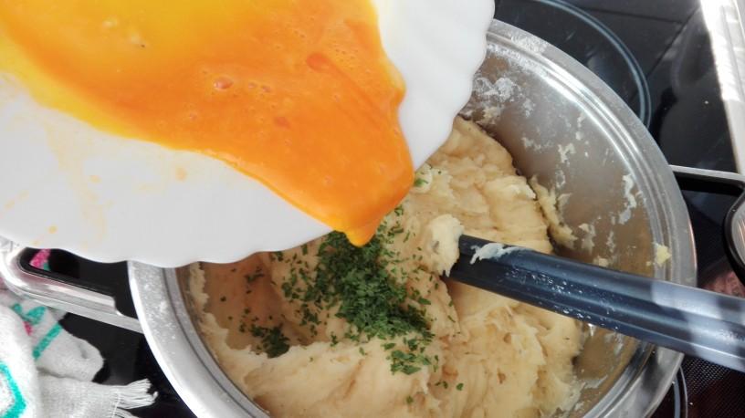 Okusen krompirjev narastek