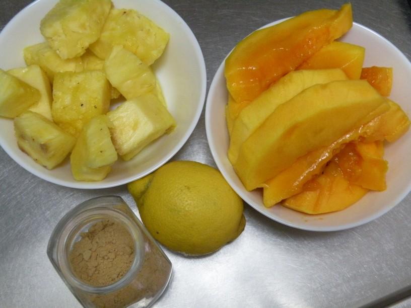 smuti-mango-ananas