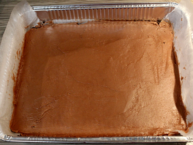 cheesecake-z-rjavo-in-belo-cokolado-in-aromo-visnje-15