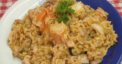 Enostavna rižota z morskimi sadeži