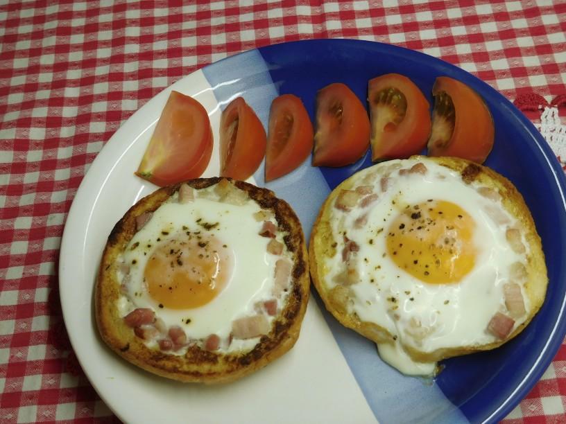 kajzerice-s-popeceno-slanino-jajcem