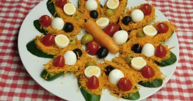 Kumarice obložene z zelenjavo in jajci japonskih prepelic