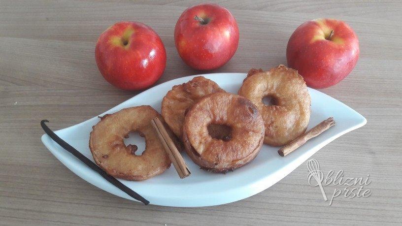 ocvrti jabolcni obrocki
