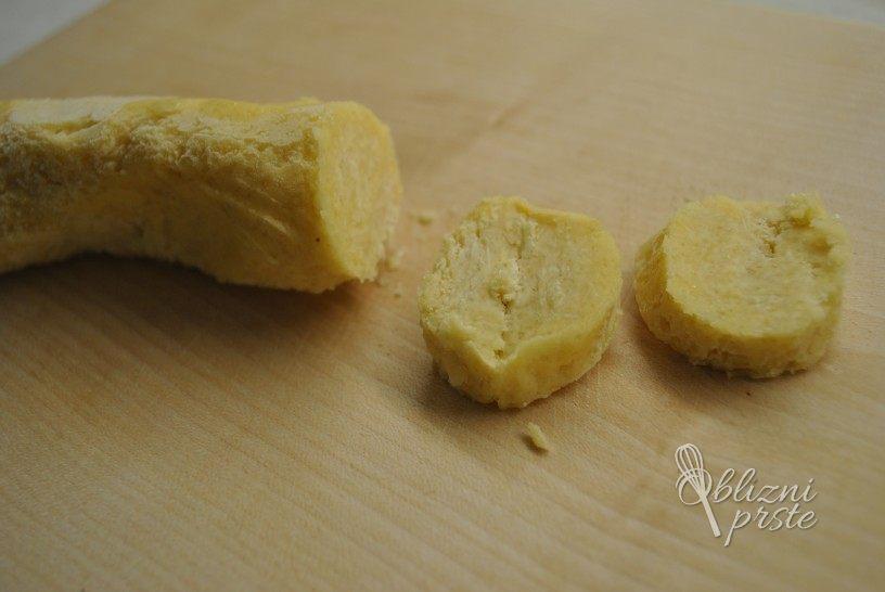 mandljevi-piskoti