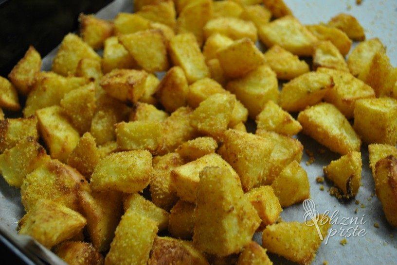 pikantni-krompircek-iz-pecice