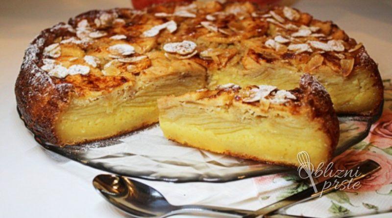Kremna jabolčna torta