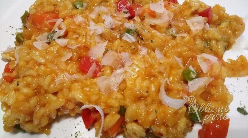 Okusna piscancja rizota s curryjem