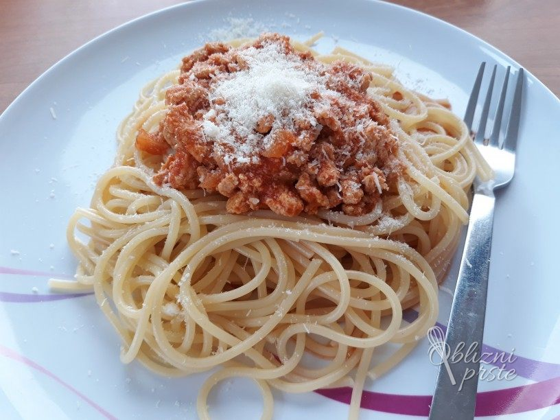 bolognese-omaka-s-puranjim-mesom-2
