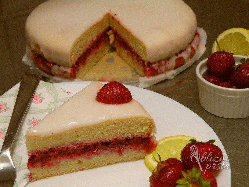 jagodna-torta