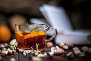 Z naravnimi pripravki nad boleče grlo