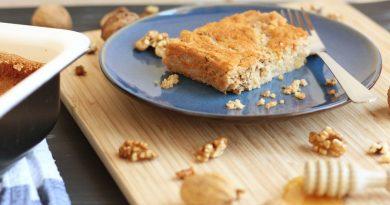 Proseni narastek z medom in orehi – brez sladkorja