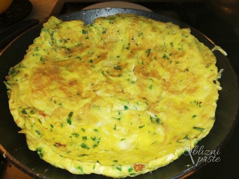 Jajčna omleta s peteršiljem 5