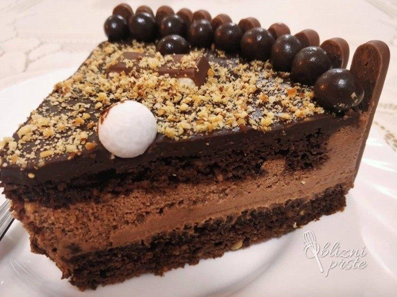 Čokoladno lešnikova torta