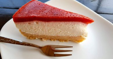 Rahel cheesecake z jagodami brez peke