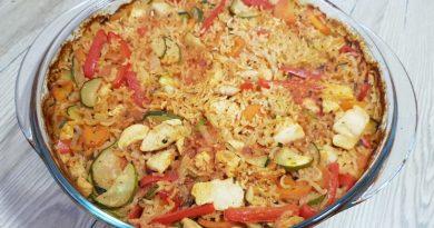 Riž s piščancem in zelenjavo - pečen v pečici