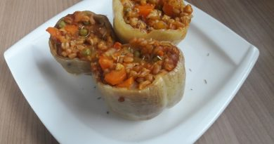 Polnjene paprike s pirino kašo