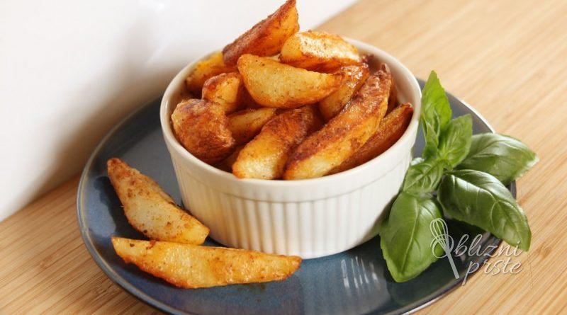 Hrustljavo pečen krompir z mehko sredico