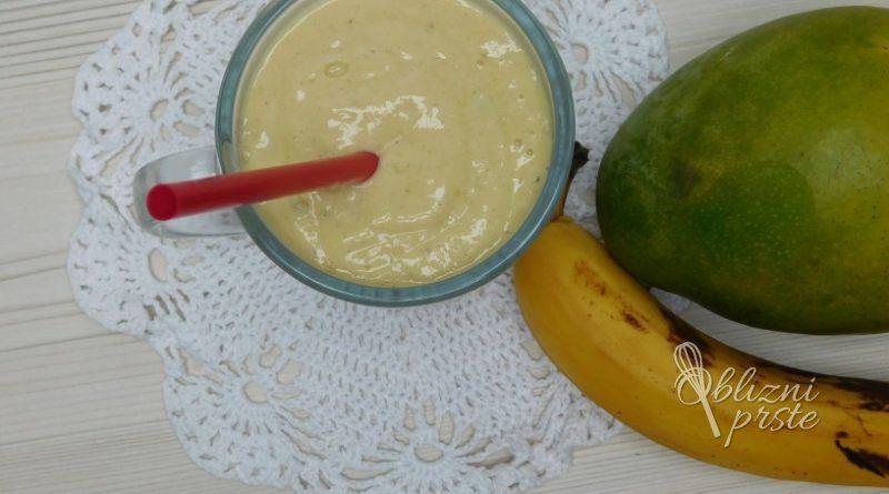 smuti mango banana