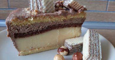 Vaniljevo-lešnikova torta