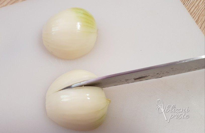Zamrznjena sesekljana čebula