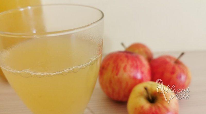 Domač jabolčni sok