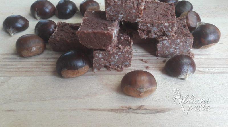 Čokoladne kostanjeve kocke brez peke