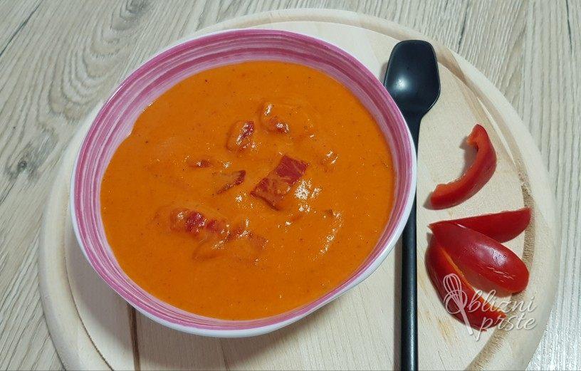 Omaka iz pečenih rdečih paprik