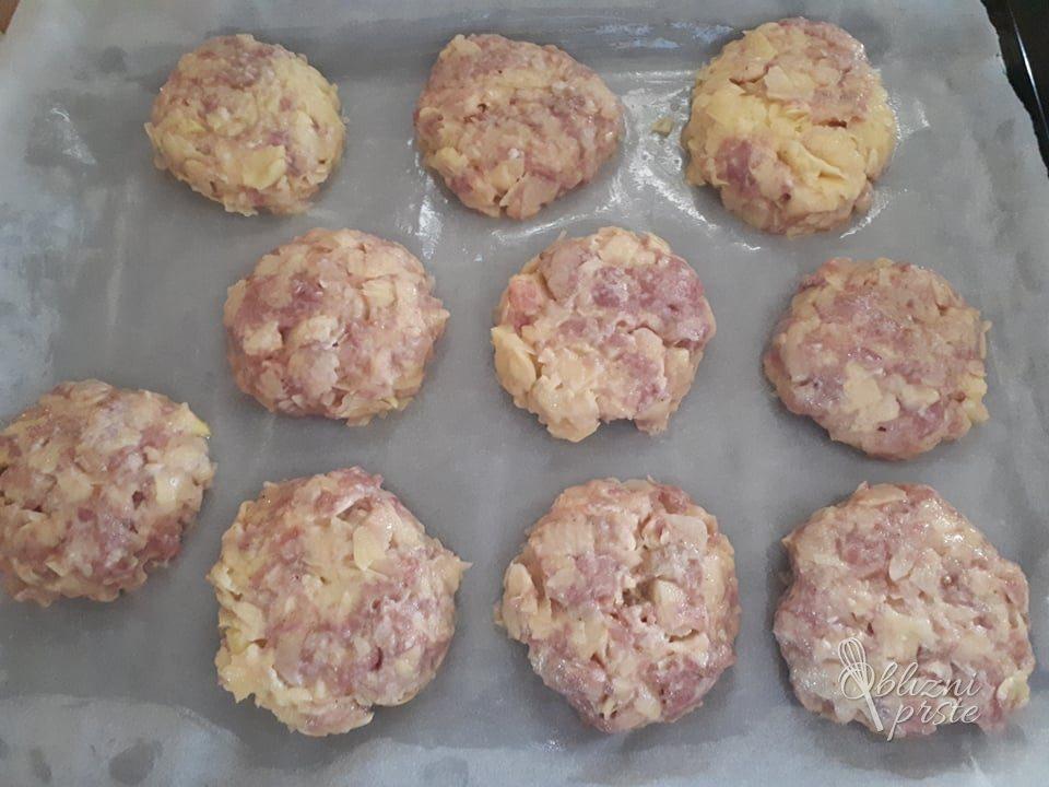 Sočne polpete iz mesa in krompirja