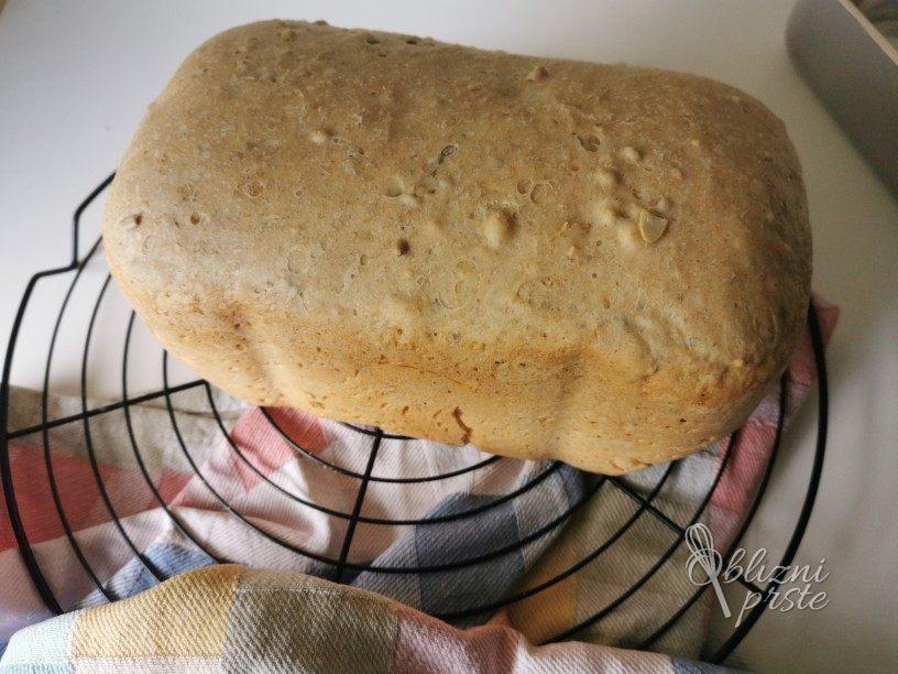 Pirin kruh iz kruhomata