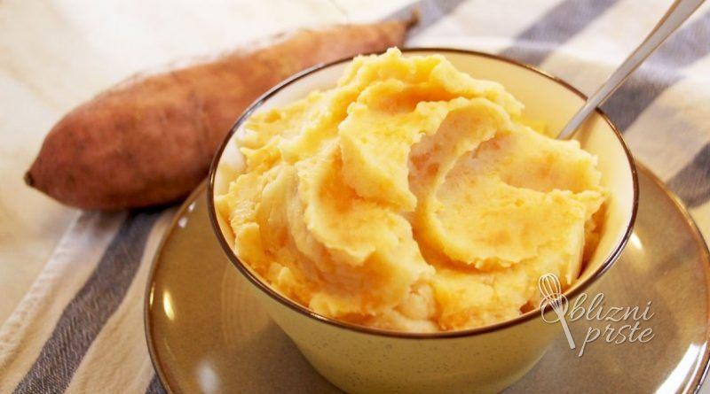 Sladek krompirjev pire
