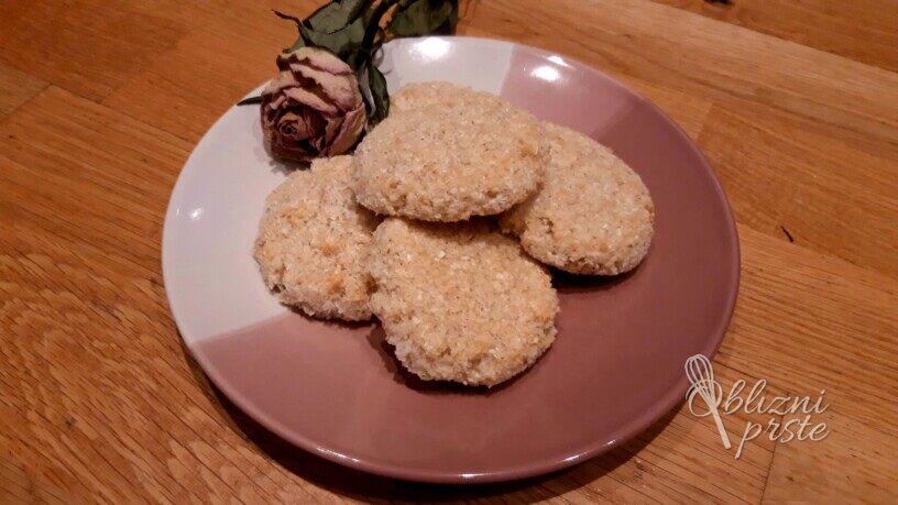 Hitri kokosovi piškoti brez moke in jajc