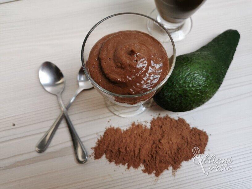Čokoladna avokadova krema (mousse)