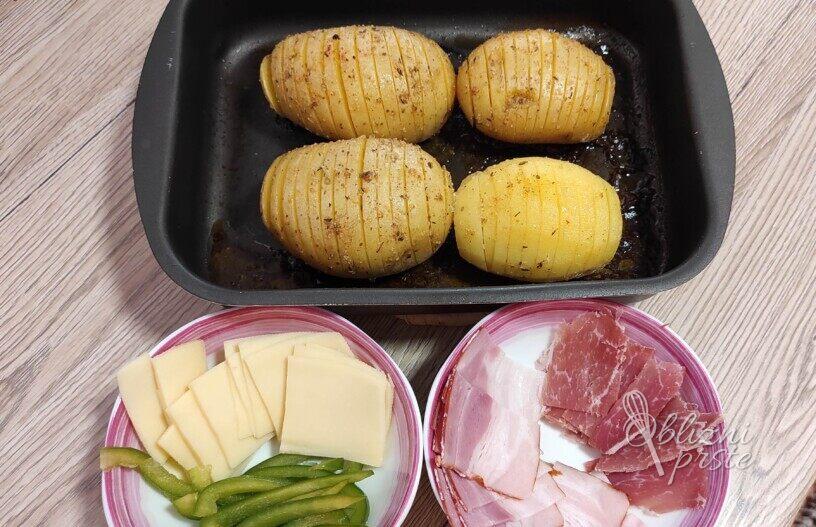 Rebrast polnjen krompirček