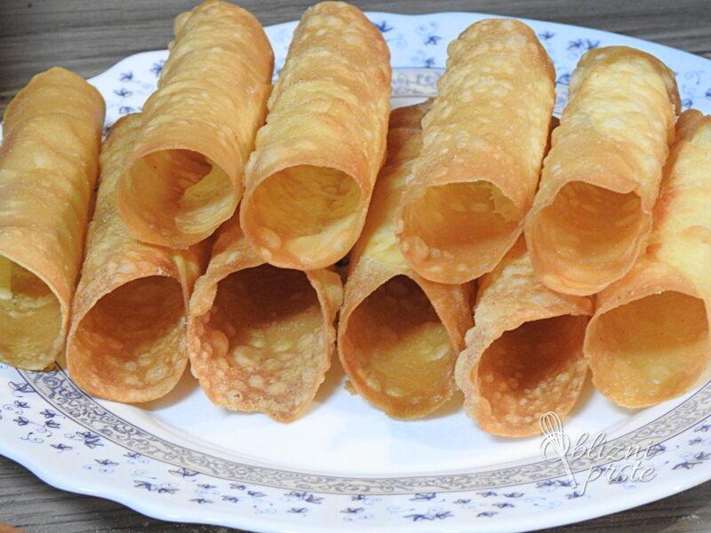 slastni cannoli (kanoli)